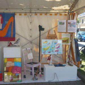 Kleine Ausstellung im Zelt da geht was